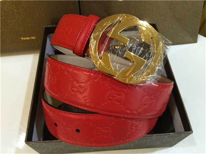 d760e1a1eb5 Gucci Red GG leather Gold Buckle Belt